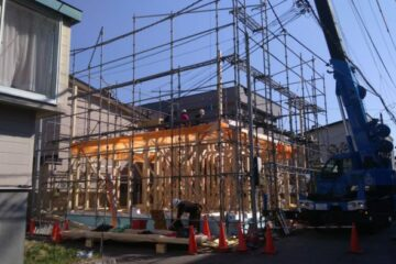 西岡モデル基礎完成・建て込み開始